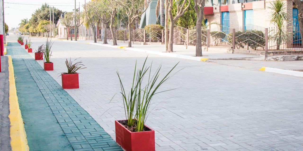 El Municipio inauguró el adoquinado en la calle República de Croacia